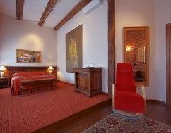 Paris (Deluxe room)